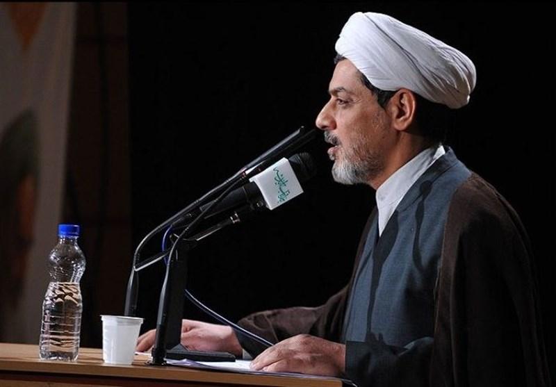 حجتاسلام رفیعی در مراسم شب احیا عنوان کرد بررسی راهکارهای رهایی از آتش جهنم