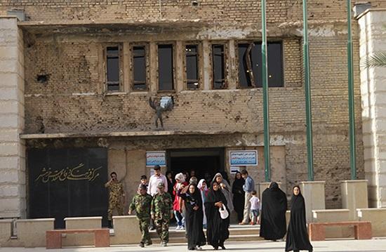 مرکز فرهنگی دفاع مقدس خرمشهر.jpeg